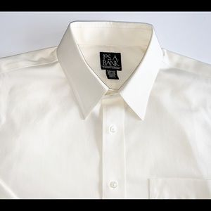 Jos. A. Bank Yellow Dress Shirt Size 16.5/35
